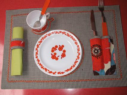 Elna - Canada - Sewing ideas - NEW - Sewing - DECORATIVE TABLE SETTING